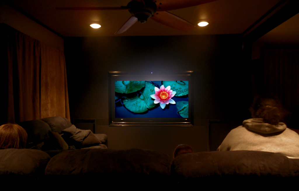 A high end 3D Plasma Home Theater with THX Certified Sound +Video