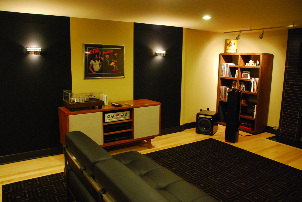 Custom Seattle audiophile listening space by Theater Design Northwest.