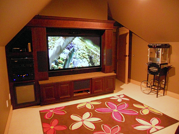 A Semiahmoo high end THX certified media room by Theater Design Northwest.